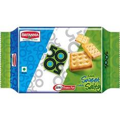 Britannia 50-50 Crackers 150g